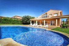 Villa avec 6 chambres à Mont-Roig del Camp